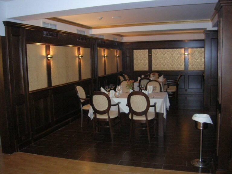 Мебели за ресторант Елемаг 3