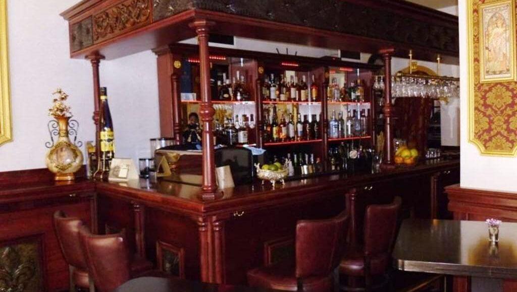 Клуб-бар
