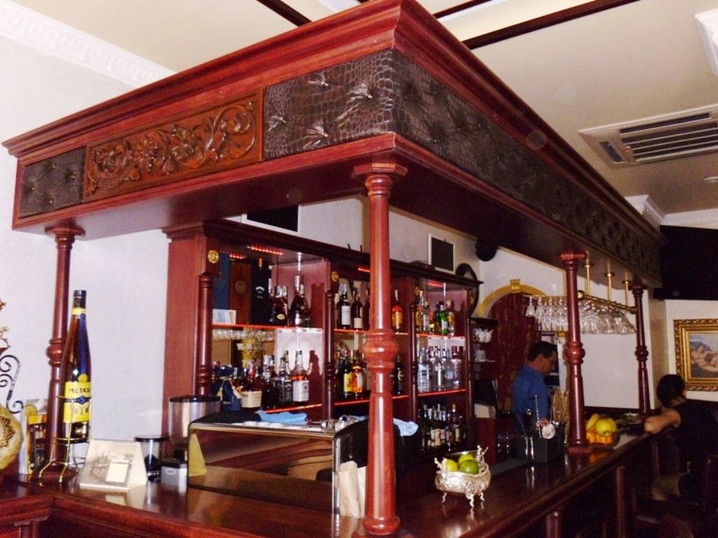 Мебели за клуб-бар 2