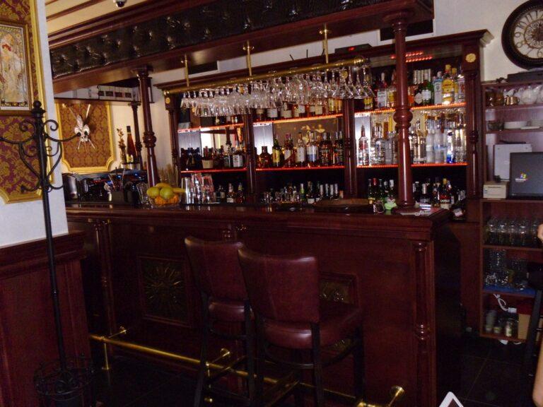 мебели за бизнеса - клуб-бар