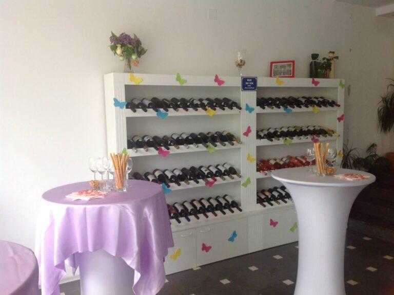 Офис Джоди_шкаф за вино 3