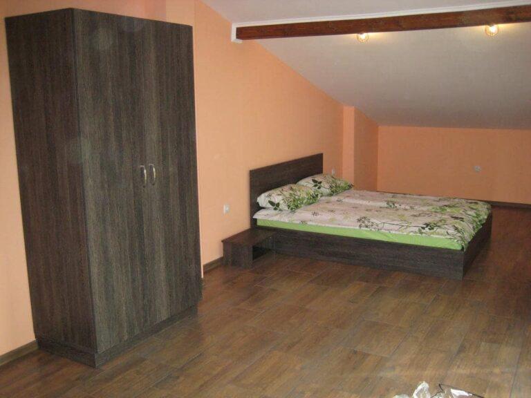 Къща за гости Романс 8