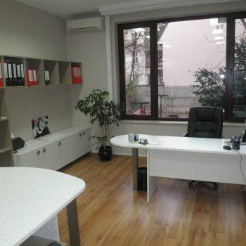 мебели за бизнеса от Ювелир - офис на нотариална кантора